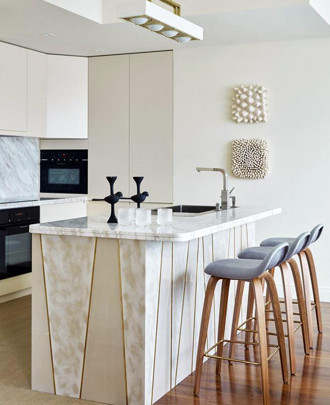 Утонченный интерьер квартиры в Ялте с видом на море идеи для дома,интерьер и дизайн