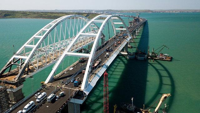 Строительство Крымского моста и автомобильных подходов со стороны Краснодарского края.