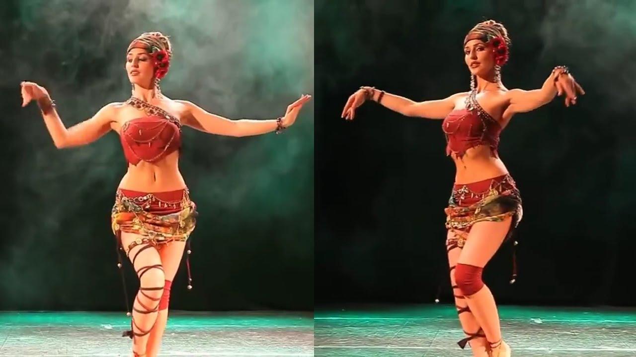 Фигуристые девушки танцуют — img 8