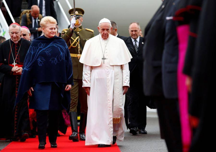 Визит Папы Римского в Литву:…