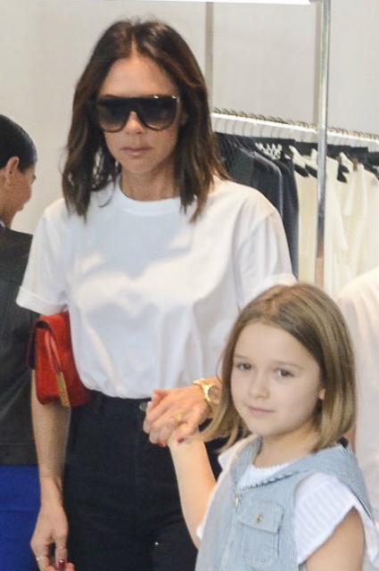Семейный шопинг: Виктория Бекхэм с дочерью Харпер и сыном Крузом прошлась по магазинам Сиднея звездные дети, виктория бекхэм