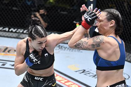 В сети появились самые яркие моменты турнира UFC Vegas 23