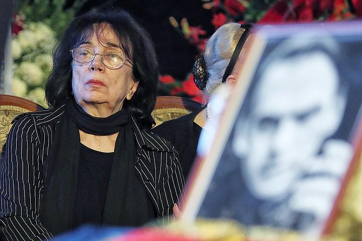 Вдова Алексея Баталова: Мы до сих пор не ездим на дачу. Противно