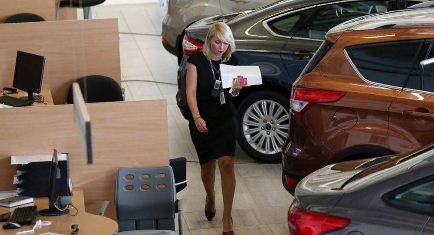 На покупку авто в 2021 году будет выделено до 375 тысяч рублей Автомобили