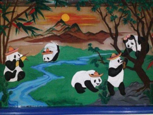 Панды и традиционные сомбреро интересное, интересные снимки, снимки