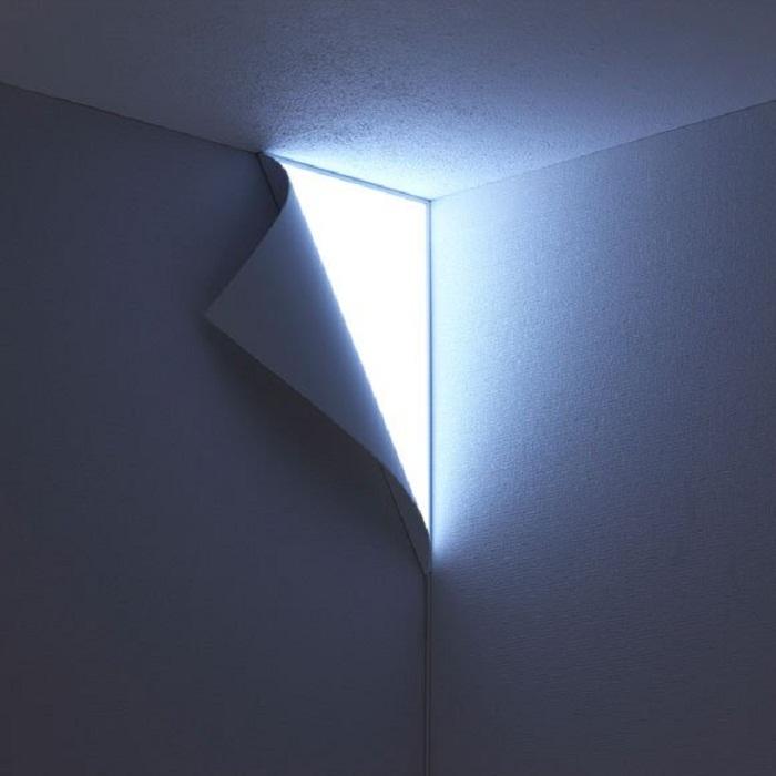 Отличное и оптимальное решение создать при помощи освещения самые невероятные и прекрасные решения в интерьере.