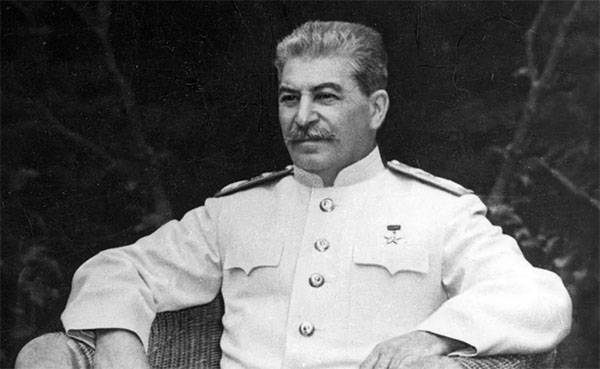 Конгрессмен США: Сталин унич…