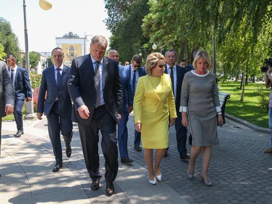 Матвиенко про Астрахань: Более неухоженного города я не видела