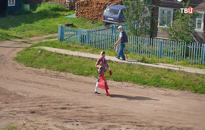 В Сети обсуждают фотосессию глянцевого журнала в деревне под Архангельском
