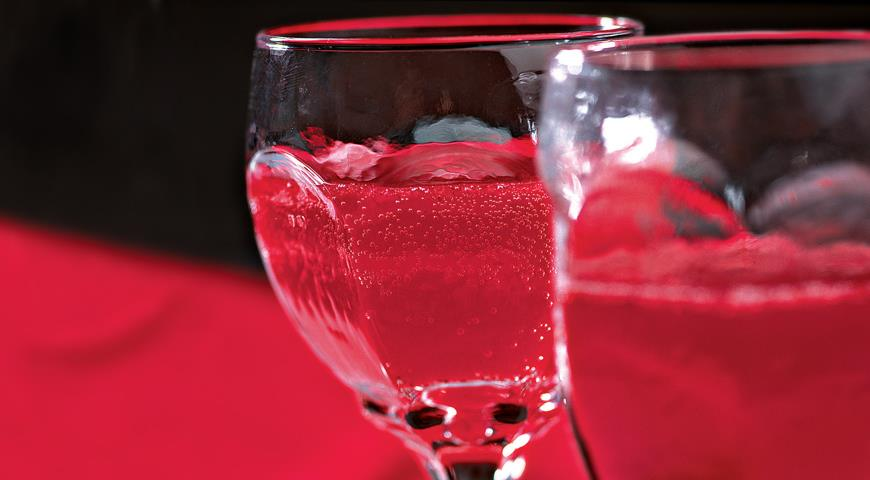 Напиток с клюквой и гранатом