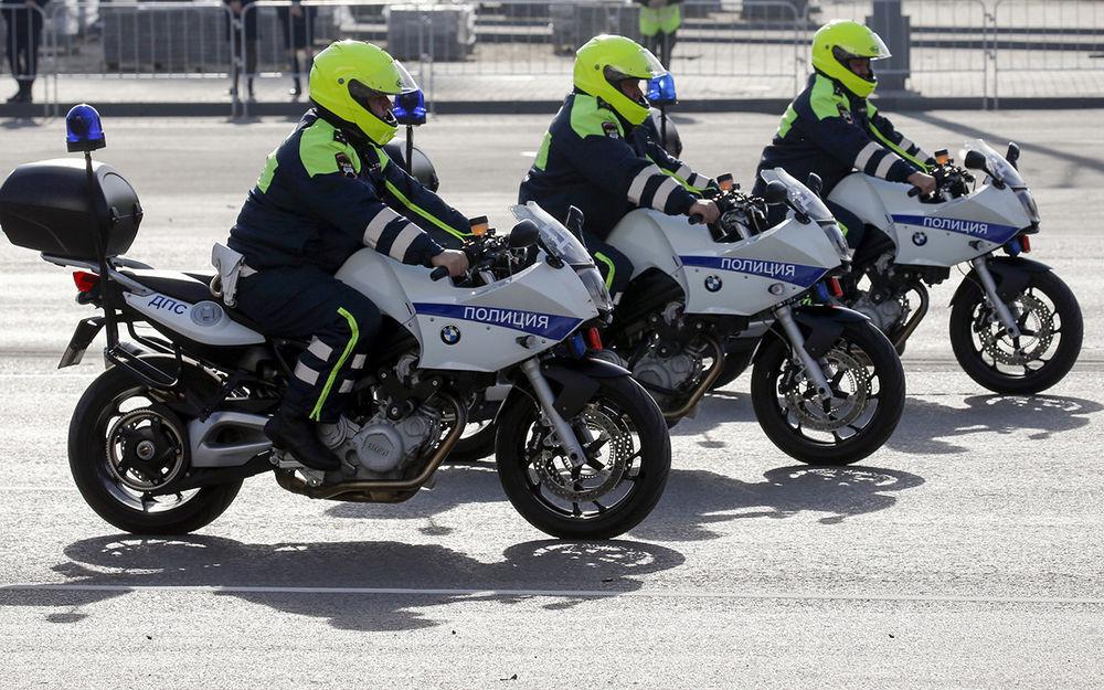 Может ли ГИБДД намотоцикле останавливать машины