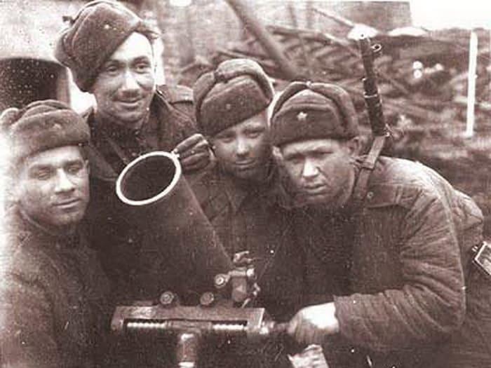 Алексей Смирнов в годы войны | Фото: kino-teatr.ru