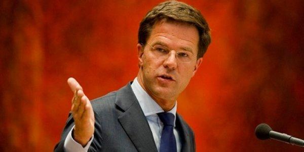 Премьер Нидерландов потребовал от России взять на себя вину за крушение MH17