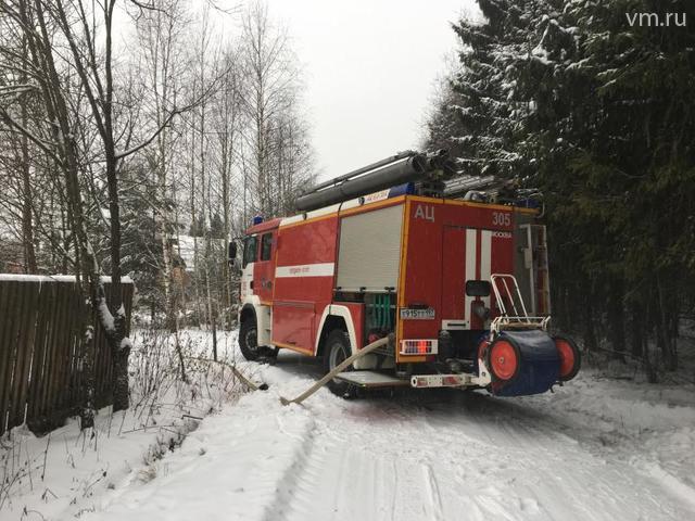 Пожарные ликвидировали возгорание на севере Москвы