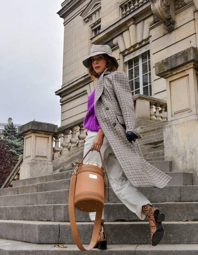 6 советов от известного стилиста Рогова для женщин 50+ нужно, стоит, носить, футболка, стилист, можно, удачно, полностью, яркой, одеждой, сложного, белая, самый, оверсайз, ярких, футболку, простым, вещами, надеть, распродажах