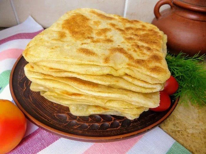 Слоеные лепешки вместо хлеба, для бутербродов и просто к чаю выпечка,кухни мира,лепешки
