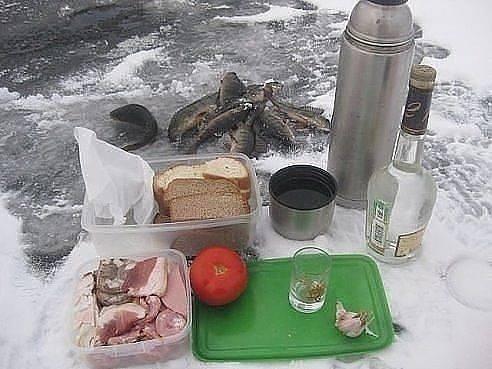 Что едят на зимней рыбалки