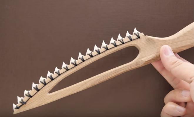Нож из зубов акулы: пробуем остроту на видео