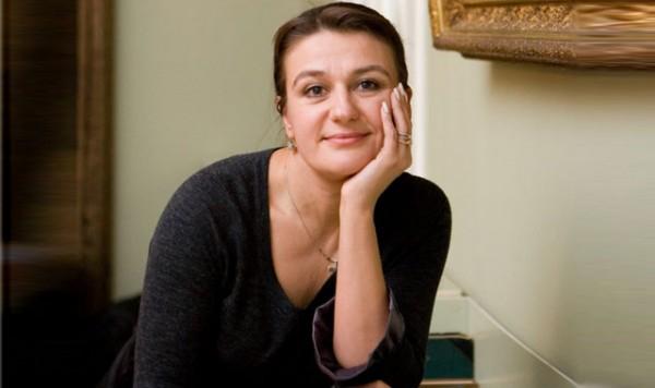 Незадолго до свадьбы мужчина скоропостижно скончался: Анастасия Мельникова рассказала о личной драме