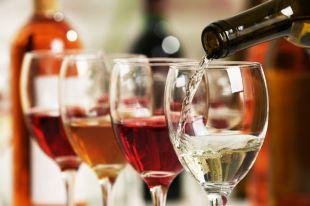 Откуда в вине цветочные, травяные и другие ароматы?