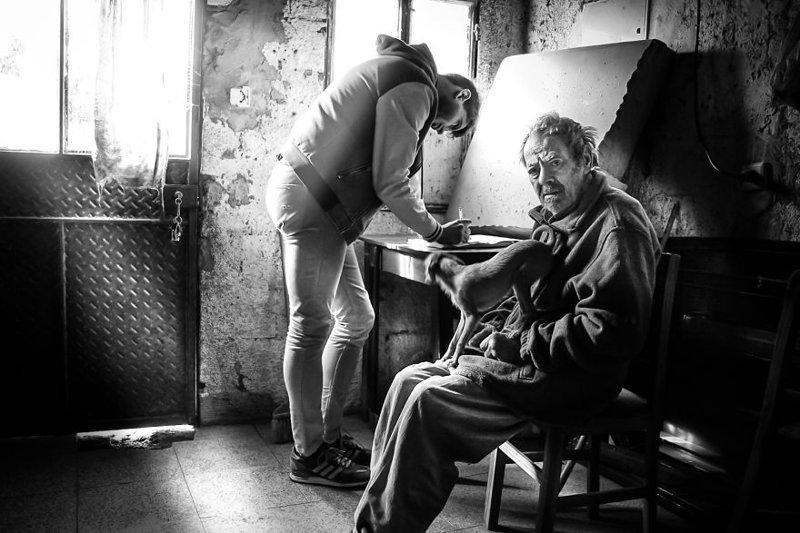 Фотограф собрал истории стариков, живущих в полном одиночестве оденочество, старики, пожилые люди
