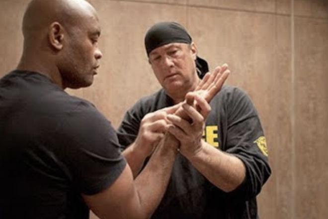 Стивен Сигал: тренинг айкидо в реальном бою