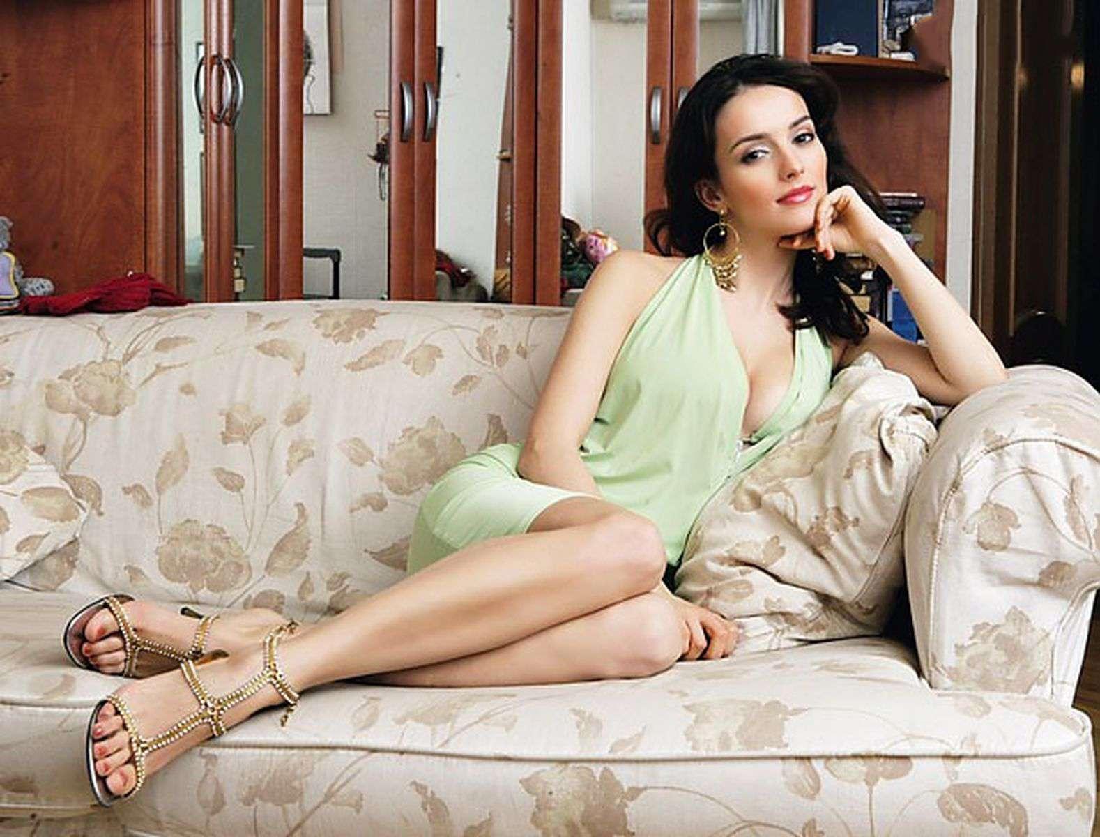 Как сейчас выглядит и чем занимается актриса, которая 15 лет назад сыграла Кармелиту в сериале про цыган актриса,звезда,Кармелита,наши звезды,фильм,фото,шоубиz,шоубиз,Юлия Зимина