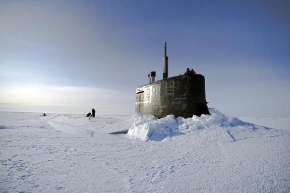 Подлодки США всплыли в Арктике для учебного залпа по России