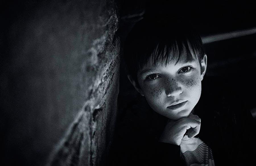 «Дяденька, у вас поесть ничего не останется?», — спросил малыш дрожащим голосом. Антон опешил. Он посочувствовал ребёнку, а потом узнал...