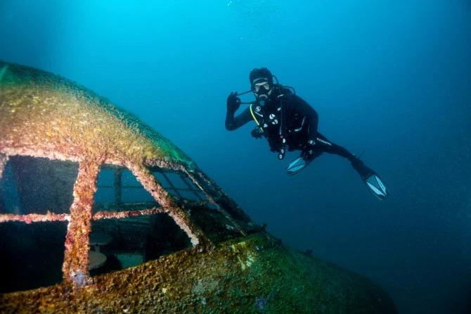 Под крылом самолета очем-то поет зеленое море: вБахрейне открыли подводный парк внутри «Боинга» гид,отпуск,поездка,страны,туризм