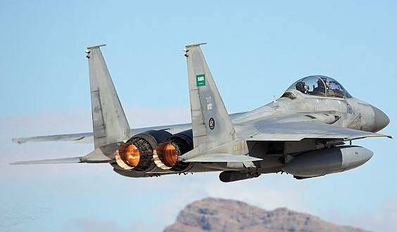 Пока в Стокгольме идут мирные переговоры, ВВС саудовской коалиции наносят по хуситам авиаудары