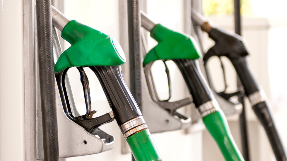 Для обычных автомобилей в РФ создали спиртовое топливо
