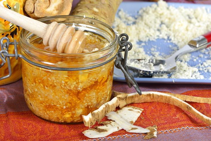 Хрен с медом: польза и противопоказания, рецепты приготовления, лечебные  свойства и влияние на потенцию, использование в народной медицине