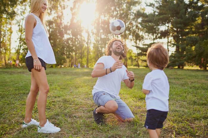 10 семейных игр на свежем воздухе: отдыхаем весело всей семьей