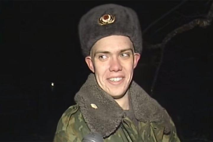 Солдат разогрел еду, сжег БТР за 28 миллионов и попал на видео