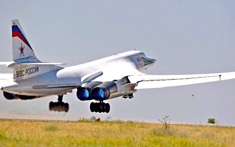 Ту-160. Стоит ли возобновлят…