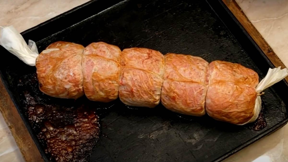 Мясной рулет из свинины в пергаменте мясной рулет,мясные блюда