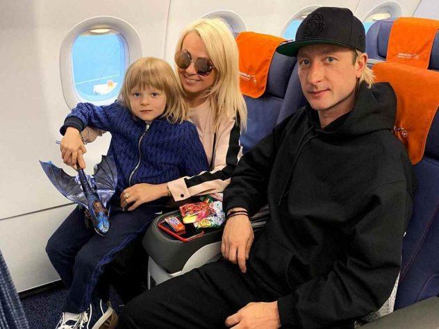 Сын Плющенко и Рудковской рассказал «Бородино» со жвачкой во рту