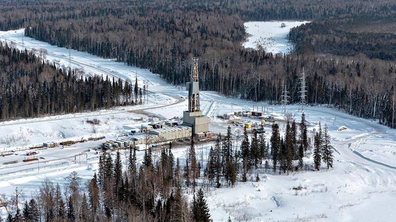 На Западе кончается нефть. Россия с интересом наблюдает геополитика