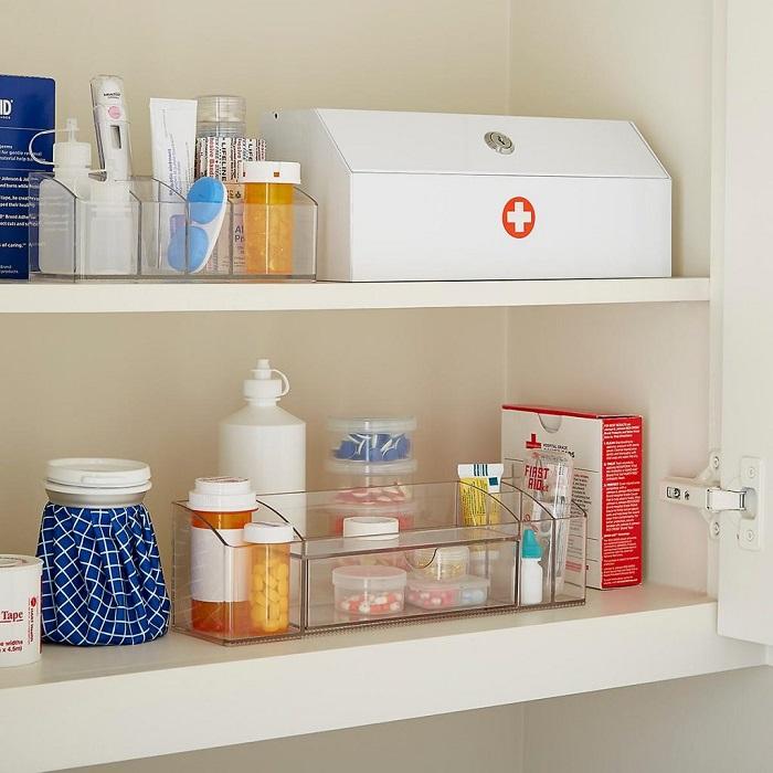 Медикаменты нельзя держать там, где повышенная влажность и температура. / Фото: zen.yandex.ru