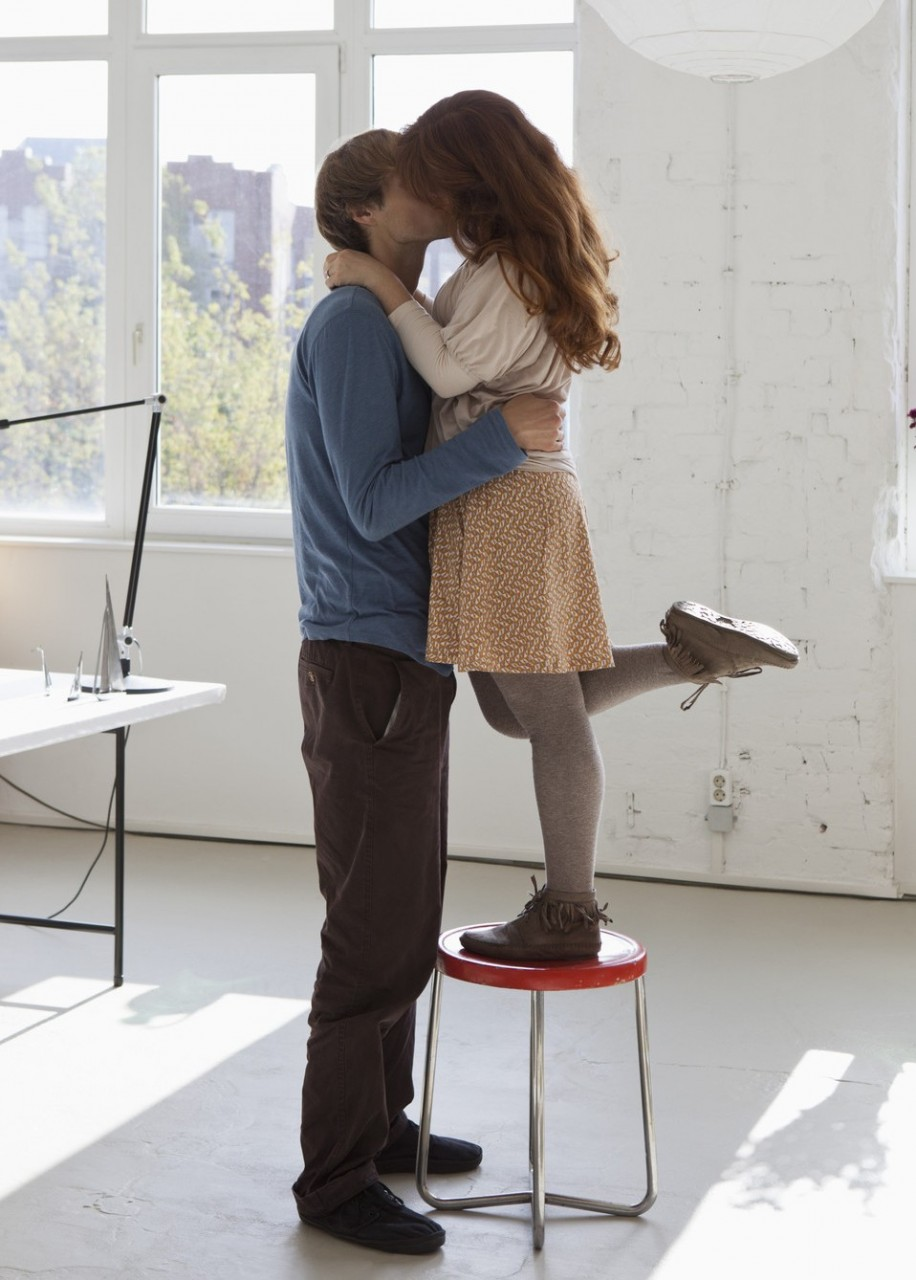 Высокий парень и маленькая девушка приколы