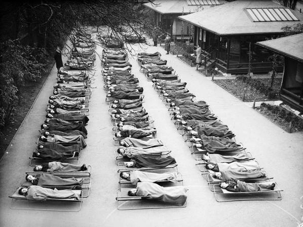 """5. В школе """"Springfield House"""" детей лечат от туберкулеза, Лондон, 1932 год архив, исторические фото, фото, фото из прошлого"""