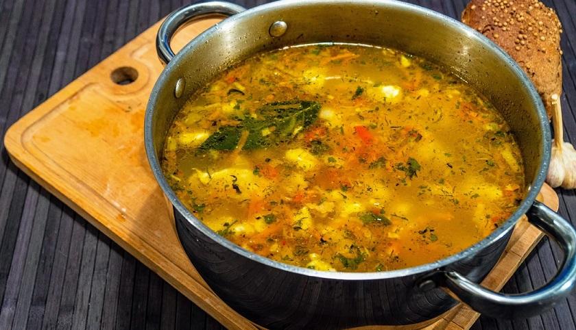 Любимый суп с клецками: сытный, ароматный и очень вкусный