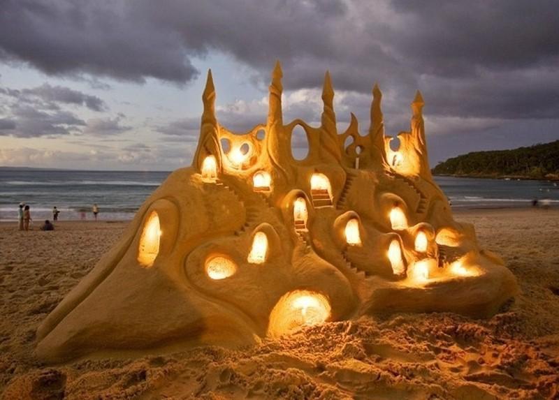 Поражающие воображение замки из песка
