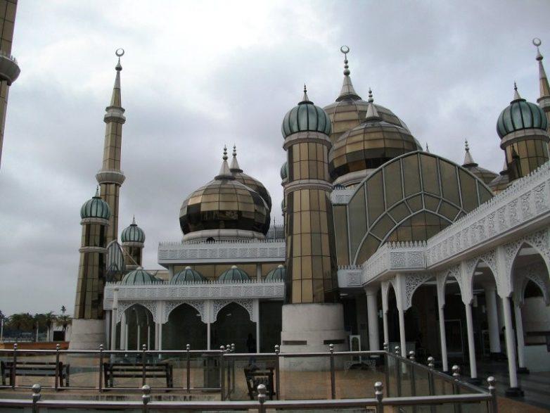 Жемчужина Малайзии: Кристальная мечеть в Теренггане Азия,Малайзия,мечеть