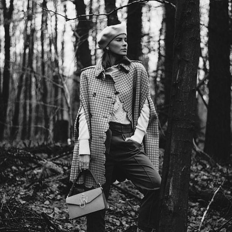 Как подобрать модные аксессуары к весеннему пальто и куртке
