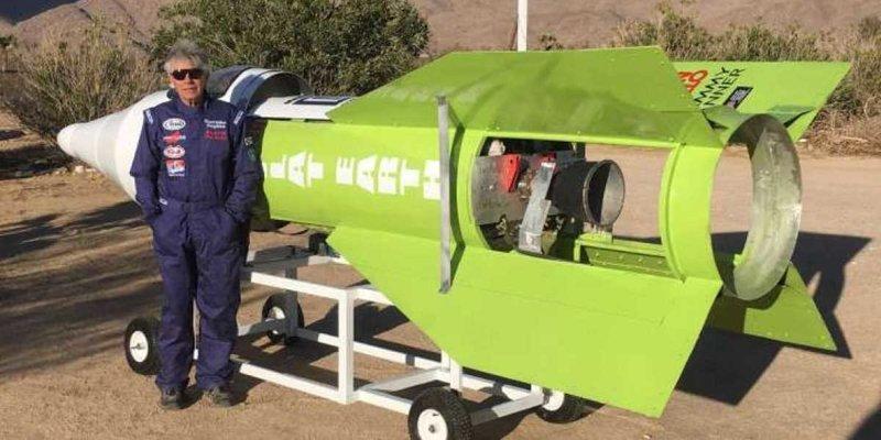 Чтобы доказать, что Земля — плоская, калифорниец совершил полет на самодельной ракете в мире, земля, люди, планета, ракета, чудик