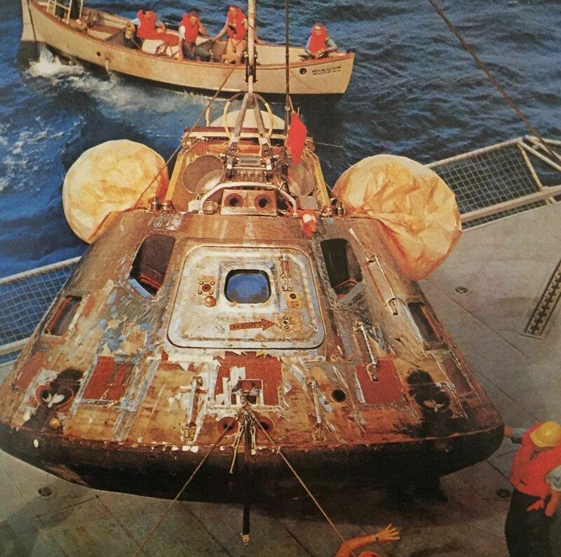 Командный модуль Аполлон 8 после возвращения на Землю, 27 декабря 1968 года, Тихий океан запуск, космические корабли, космодром, космос, красота, фотомир
