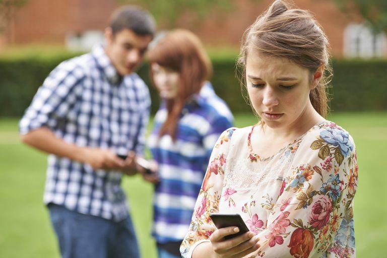 Интернет-травля в современном обществе: как защитить от нее своих детей
