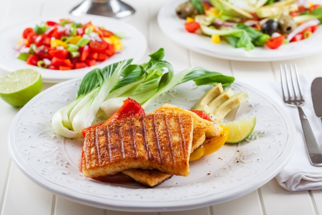 Закуски из сыра для тех, кто плевать хотел на диету